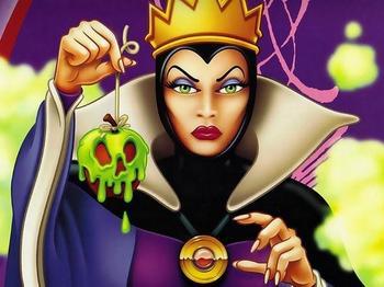 snow white   BeeMinor Disney Evil Queen Snow White