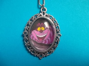 Cheshire Cat Cameo